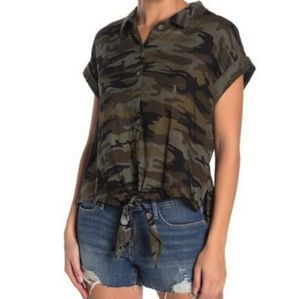 🚨NEW Sanctuary NWOT Camo Tie Front Button Up Top